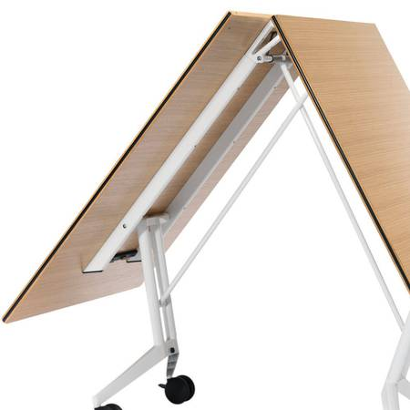 konferencijski-sto-Wilkhahn-440-Confair-folding-table