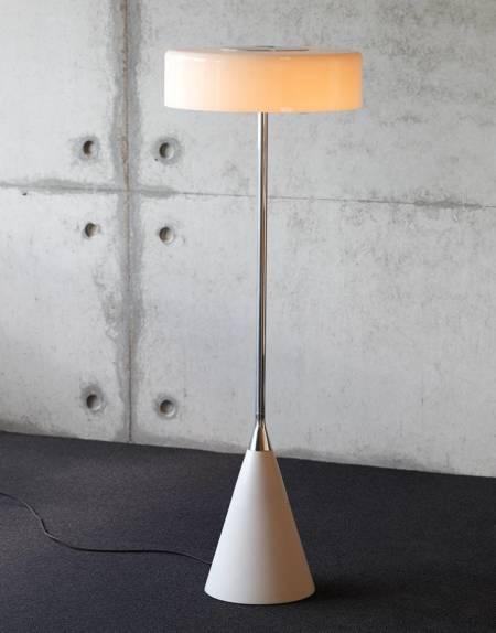 podna-lampa-tobias-grau-LOUISE